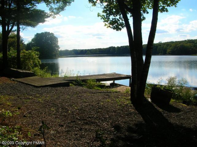Poconos Waterfront Property For Sale